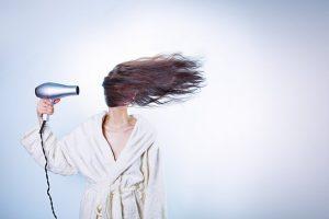 Zdrowe i sprytne osuszanie włosów